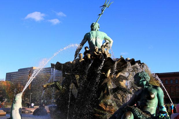Neptunbrunnen_Berlin (5)