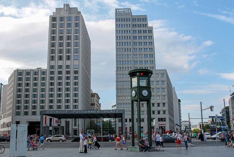 Potsdamer-Platz-(9)